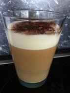 Latte Macchiato mit BIO-Vanille-Sojamilch